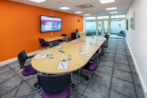 18 Rockingham Drive, Milton Keynes, ,Serviced Office,For Rent,Linford Forum,18 Rockingham Drive,1100